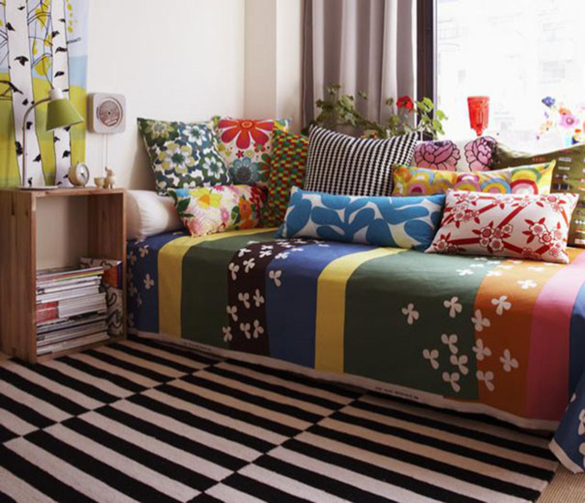 sofa cinza e almofadas coloridas three piece t cushion covers na decoraÇÃo casa de valentina