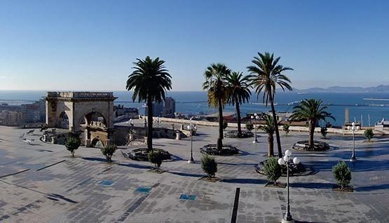 Cagliari tra quartieri storici mare