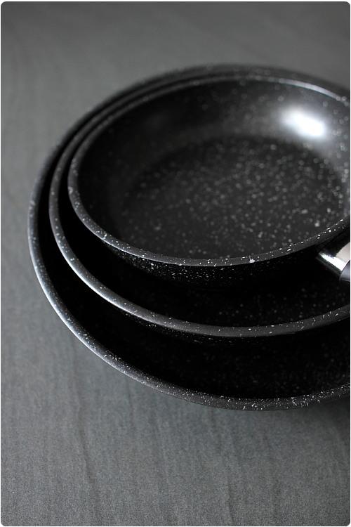 poele de cuisine professionnel