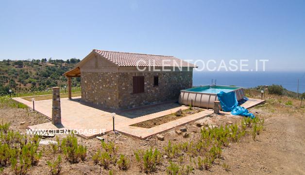 Villa con panorama ad Acciaroli in vendita su Cilento Case