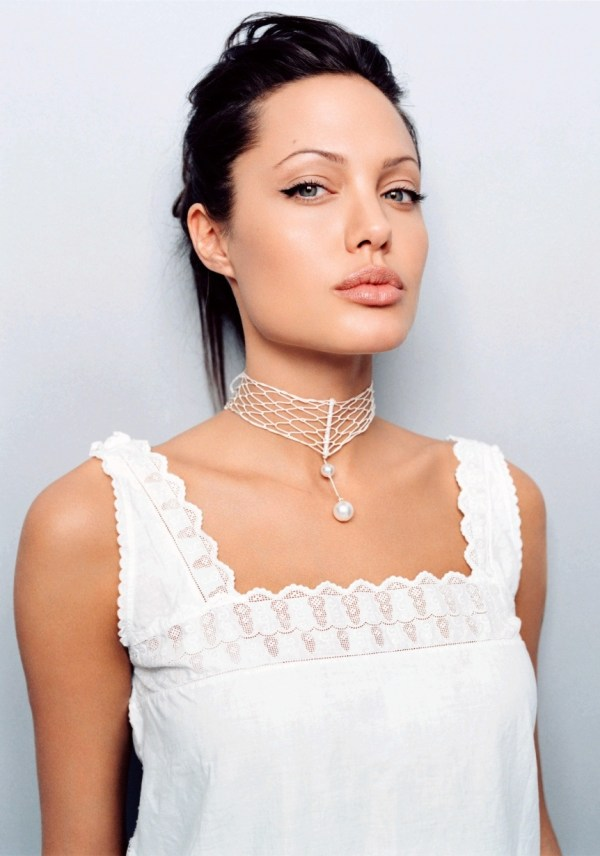 Angelina Jolie - Actor Cinemagia.ro
