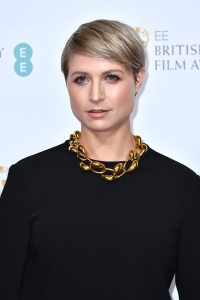 Poze Niamh Algar - Actor - Poza 6 din 26 - CineMagia.ro