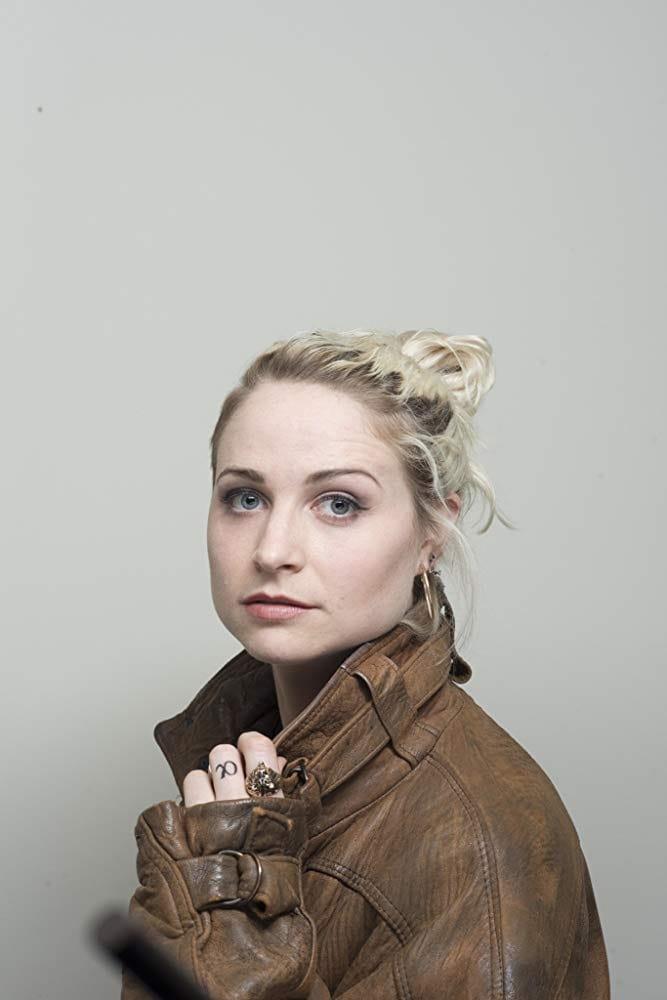 Poze Niamh Algar - Actor - Poza 22 din 26 - CineMagia.ro