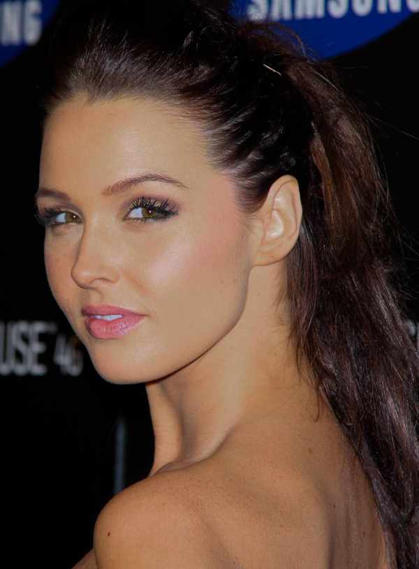 Camilla Luddington - Actor Cinemagia.ro