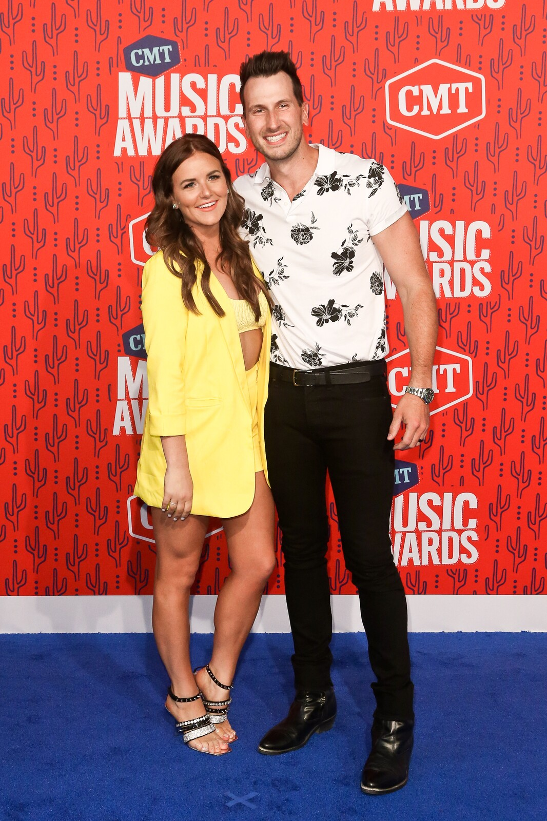 2,476 views, added to favorites 289 times. Loving His Country Russell Dickerson On Tour