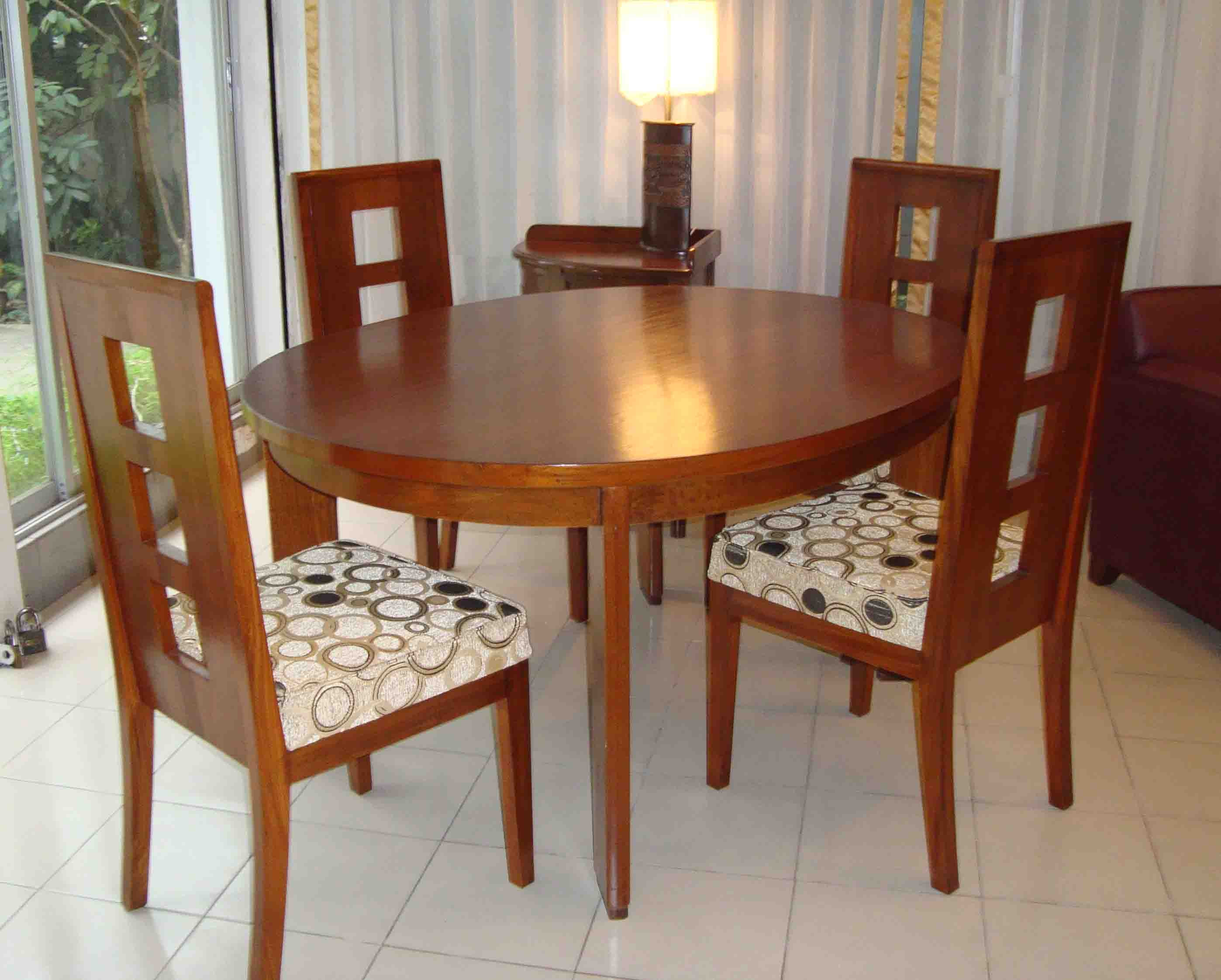 4 chairs in living room white gloss units nza dining table with made of solid wood clickbd