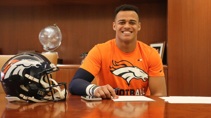 Broncos' 2019 first-round pick signs rookie deal