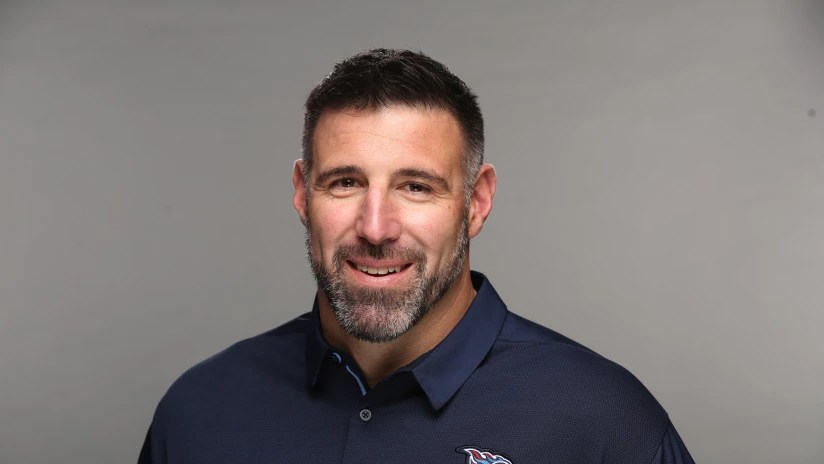 Tennessee Titans HC Mike Vrabel