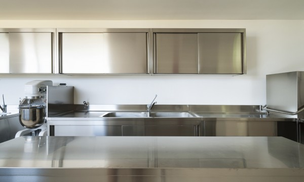 Why Choose Stainless Steel Kitchen Cabinets? Smart Tips
