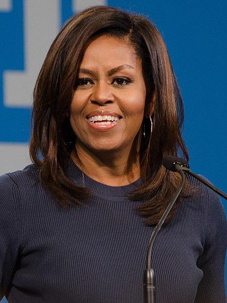 450px-Michelle_Obama_(30203291810)_(1).jpg