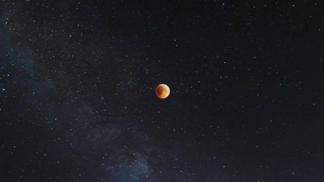 moon_space_uns-1280x720.jpg