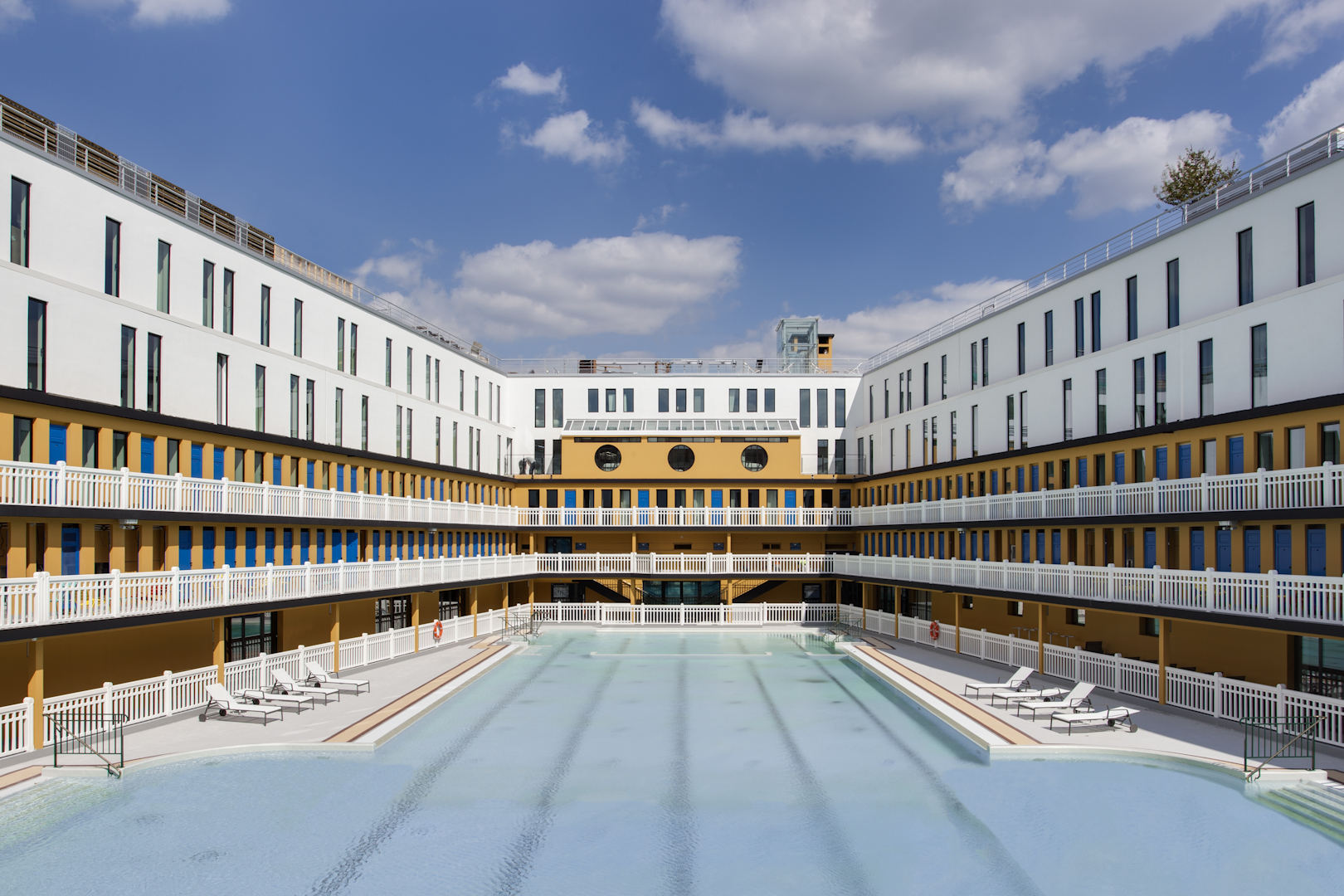 Piscine Pontoise Fitness Paris Le Top 5 Des Piscines Cnews Fr