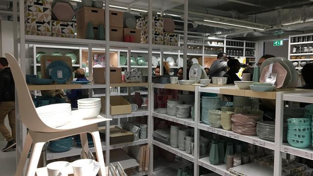 Paris Gros Succès Pour Louverture Du Nouvel Ikea De La