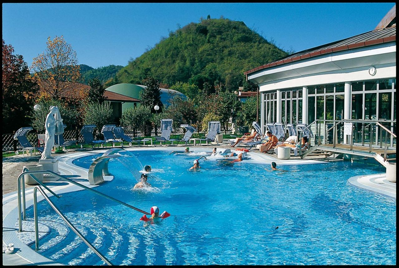 Hotel Terme Petrarca a Montegrotto  Colli Euganei