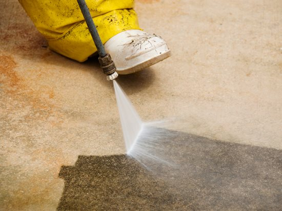 how to clean a concrete driveway the