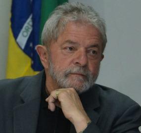 LU - Lula diz que entrou e saiu do governo com os mesmos imóveis