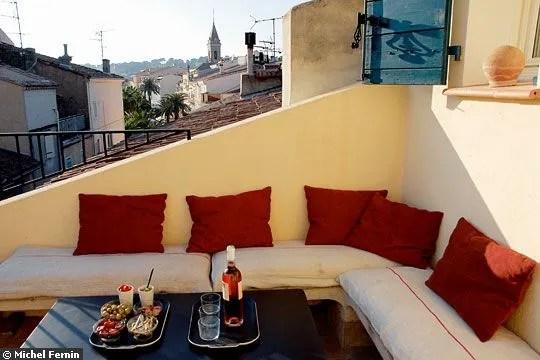 Une terrasse posée sur le toit