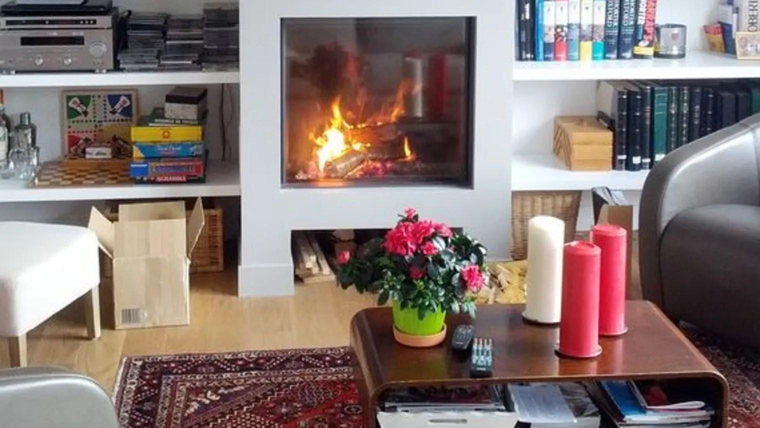 chemin e moderne avec insert chemin e d angle moderne. Black Bedroom Furniture Sets. Home Design Ideas
