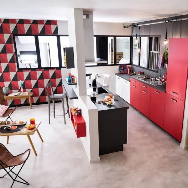 Qu'il s'agisse d'une cuisine ouverte sur séjour, ou sur salon, avec ou sans bar, la cuisine ouverte fait. Cuisine semi ouverte sur salon, avec bar : les nouvelles ...