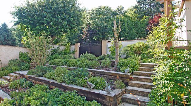 Un Jardin Sur Trois Niveaux Realise Par Un Paysagiste