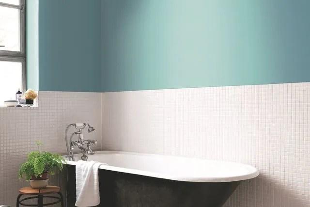 peinture salle de bains couleur a