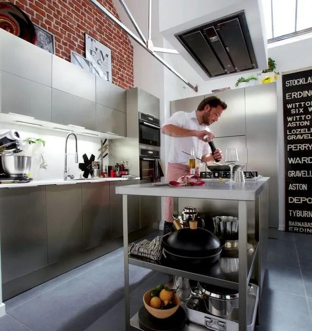 eclairage hotte cuisine professionnelle