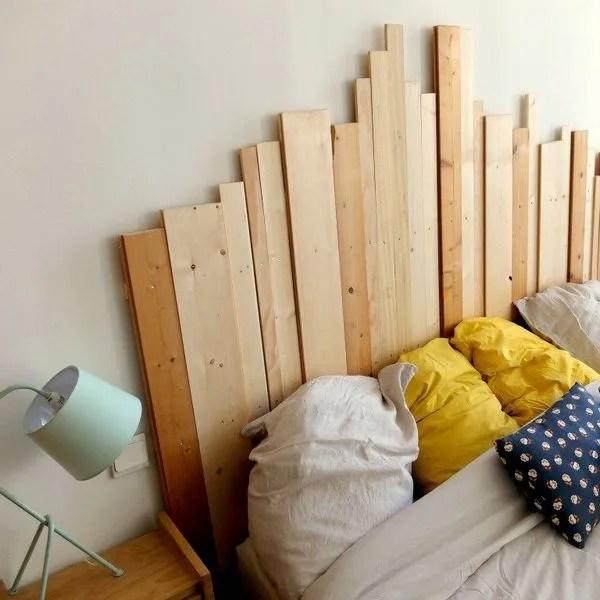 agrandir une tete de lit graphique avec des planches en bois