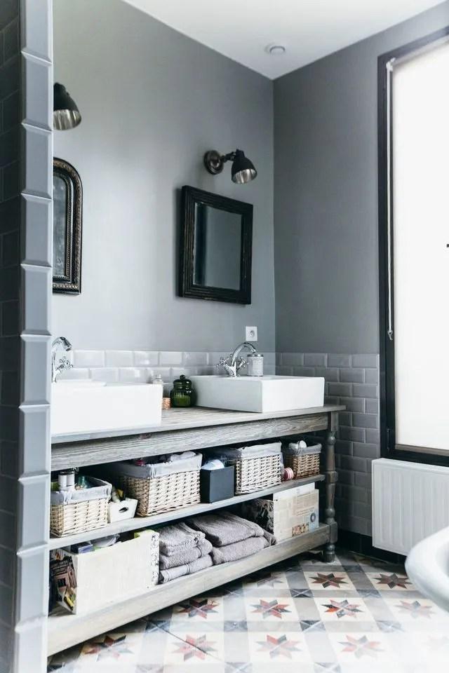 rangement salle de bain bien pense par