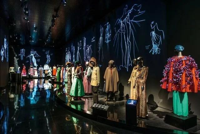 Resultado de imagen de yves saint laurent  museo marrakech