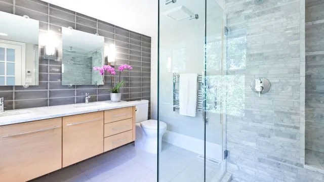 nettoyer paroi de douche cote maison