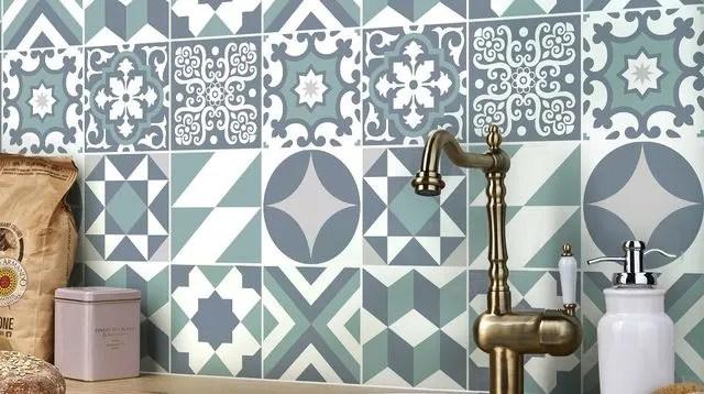 Carrelage Adhesif Sol Mural Cuisine Salle De Bain Nos Conseils Cote Maison