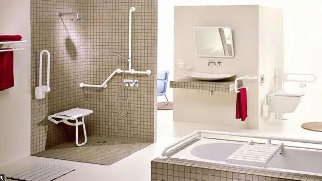 une salle de bains accessible a tous personnes agees handicapes