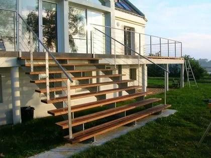 Escaliers dextrieur  bois alu acier rampes  Ct Maison