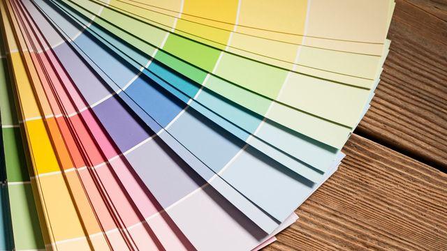 peintures de couleur par ici le