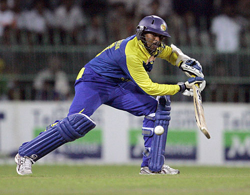 Dilshan on fire :D