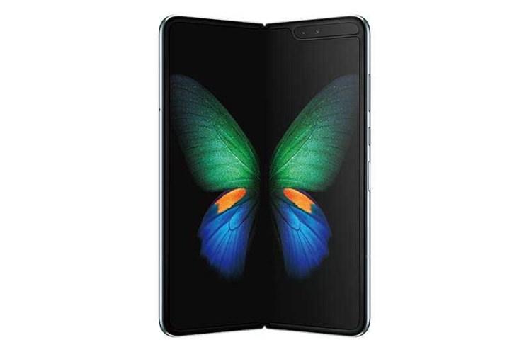 Galaxy Fold 5G是目前全球市場上最昂貴的5G手機,採用折疊螢幕,售價高達2,000美元。(圖/三星提供)