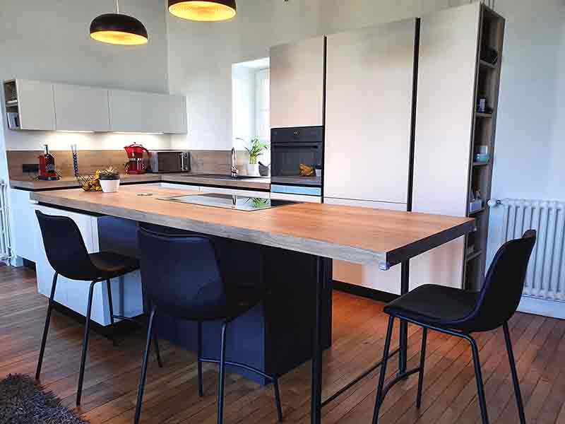 renovation de cuisine avec ilot a nantes