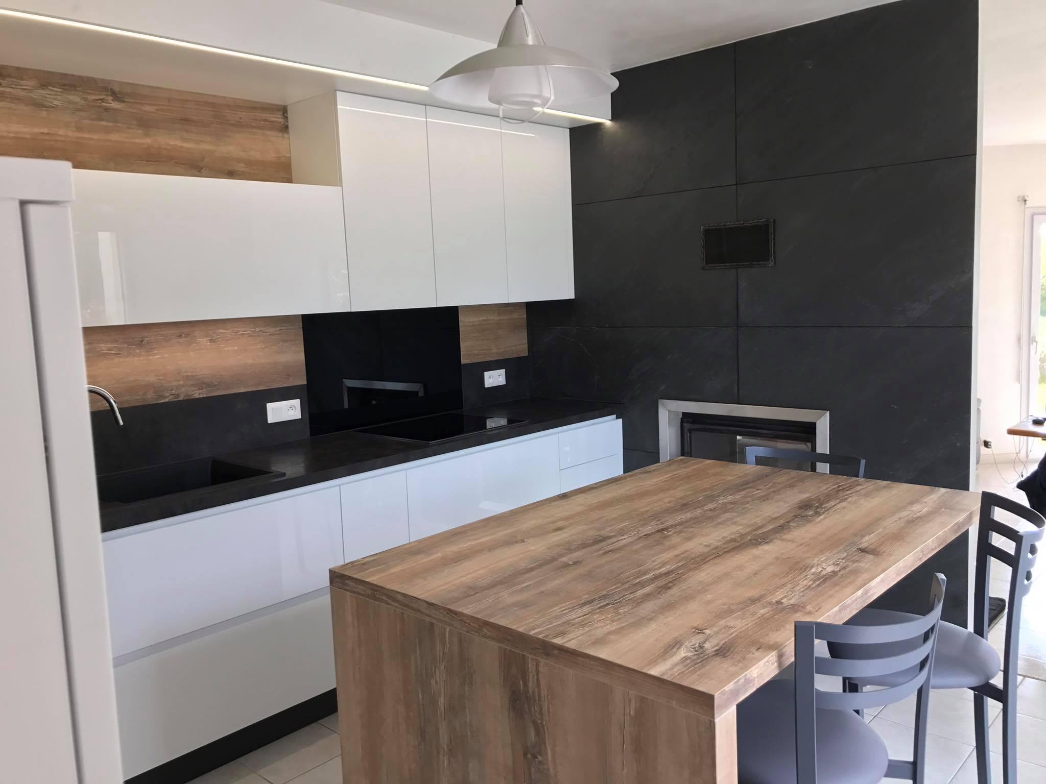 cuisine meubles laques blanc et ilot bois