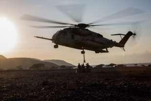 marines americani in siria