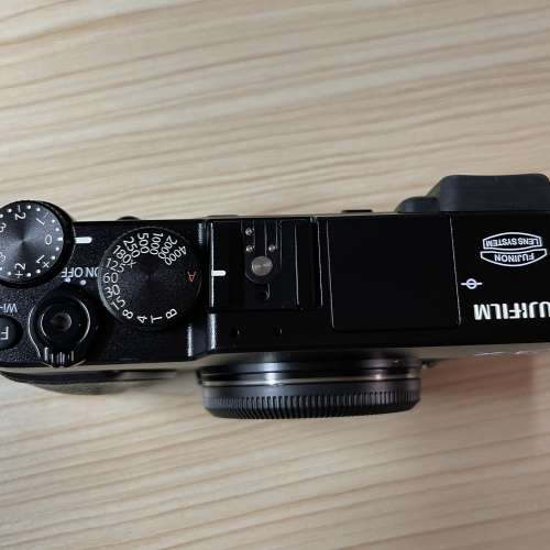 Fujifilm X-E2 XE2 95% 新 - DCFever.com