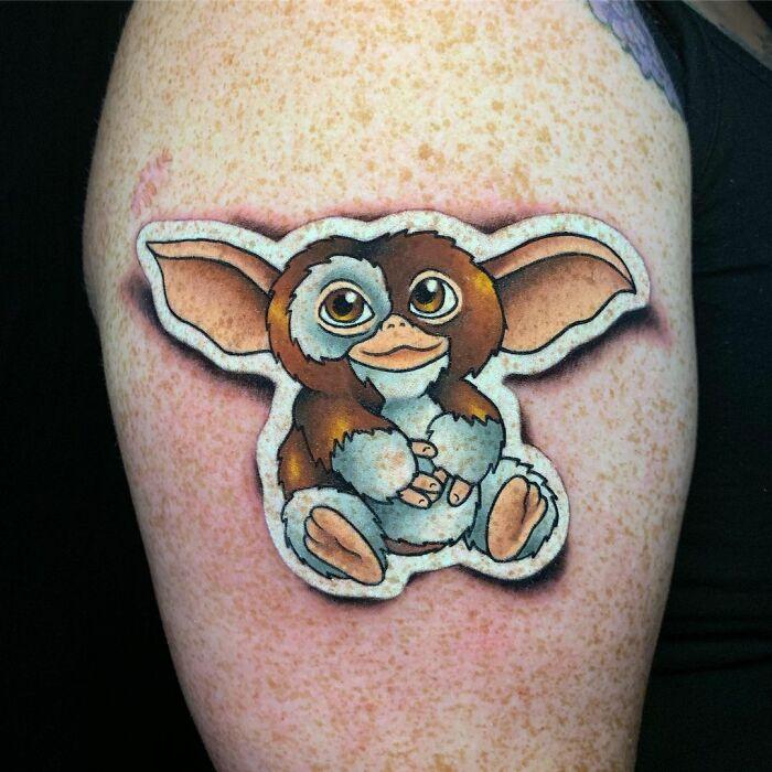 60d42d256c18c 14 60d0fc4d35a55 700 - 20 tatuagens que parecem adesivos colados na pele