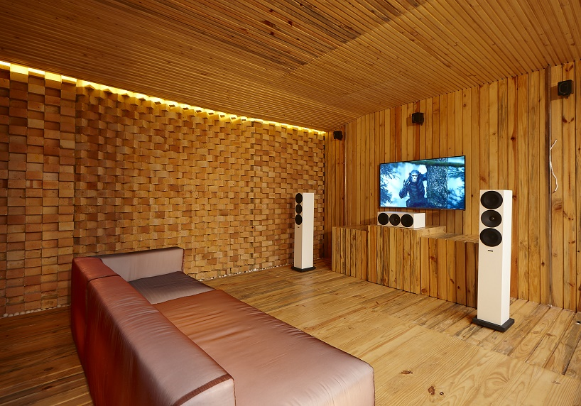 indian traditional living room interior design creative ideas sfurna designs builds hammer anvil stirrup demo with ...