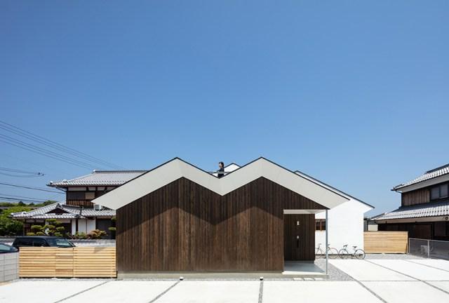 horibe associates architect's office house in sugie designboom