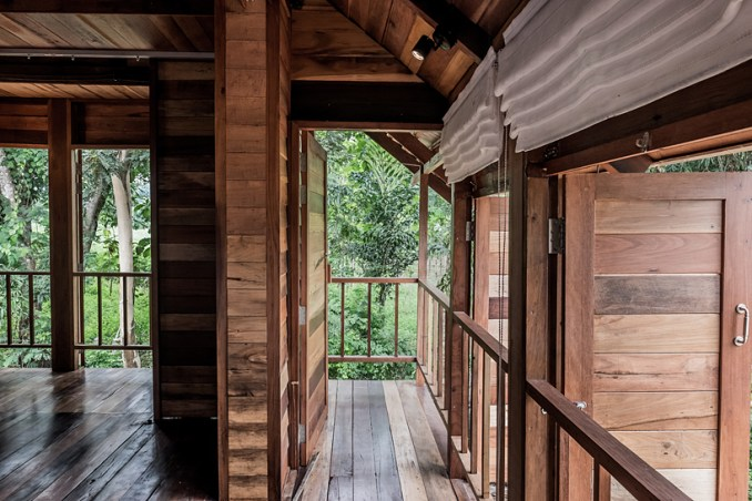 the ahsa farmstay by creative crews uses vernacular building techniques in thailand