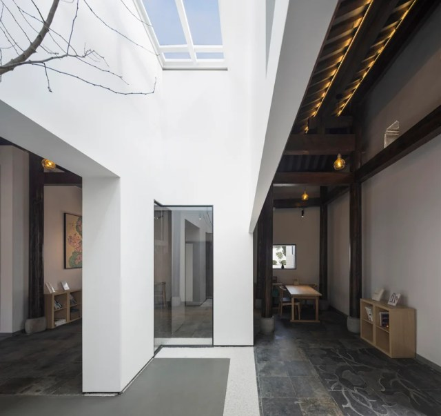mix architects transforms old chinese country house into library and teahouse designboom