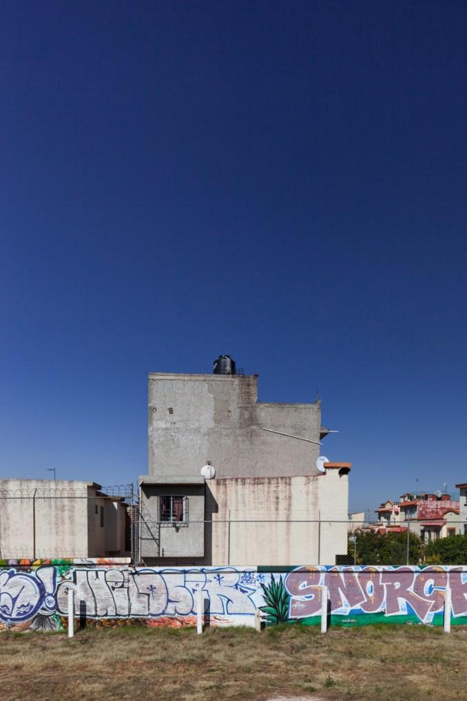 'non-social interest' by zaickz moz focuses on the un-planned construction of mexico designboom