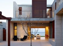 porebski architects adapts the block house to pearl beach ...