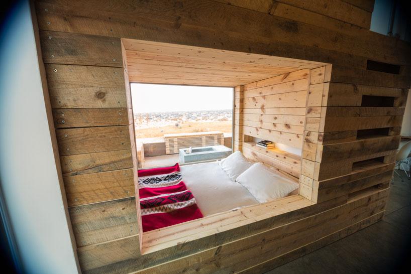 Colorado Building Workshop Places Two Corten Cabins