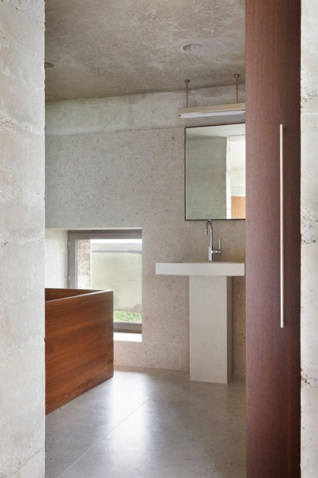 peter zumthor secular retreat living architecture