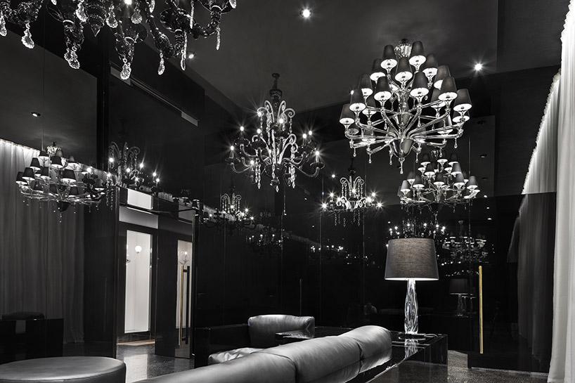 calvi brambilla transforms venetian palazzo into barovier&toso's luxurious glass showroom designboom